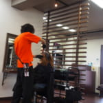 【密着取材】フリーランス美容師の1日に密着!1日平均何人を対応しているのか?